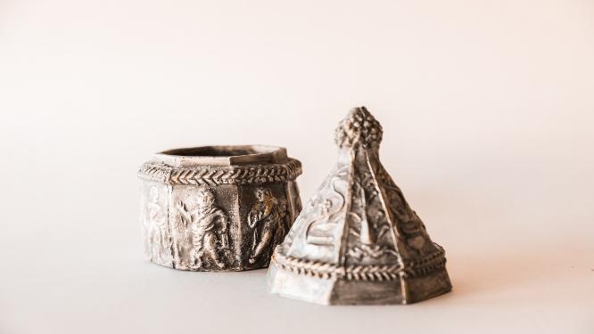 2.fotka - Replika novaljskog relikvijaras